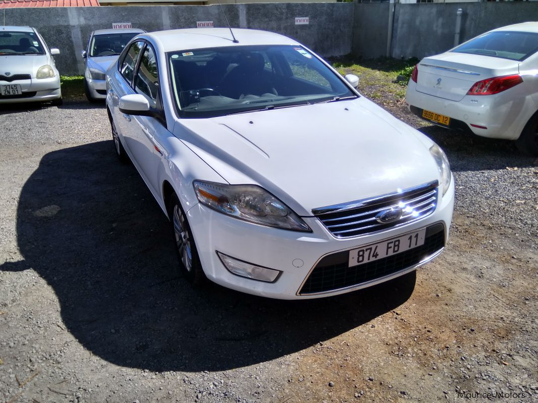 Pre-owned Ford Mondeo Ghia for sale in