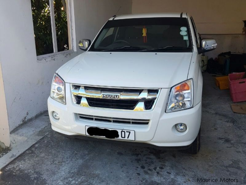 Pre-owned Isuzu DMAX for sale in