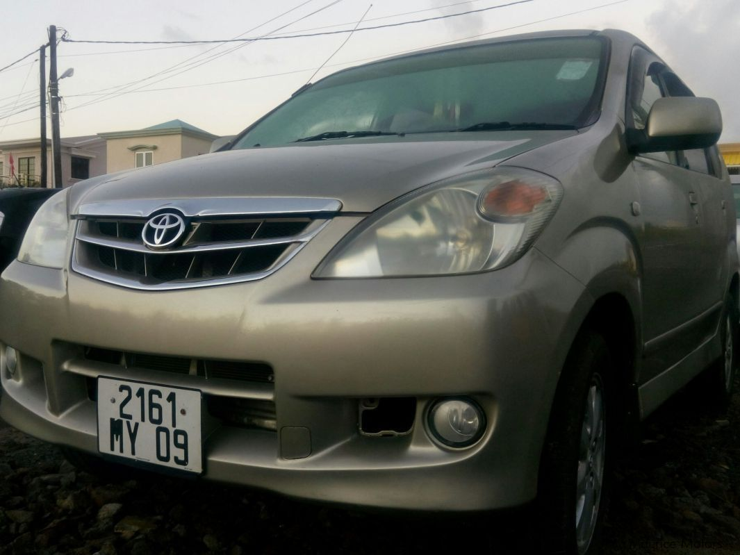 Used Toyota Avanza for sale in