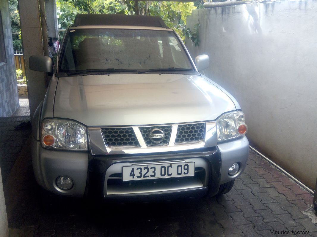 Pre-owned Nissan Hardbody 4x4 3.0 for sale in
