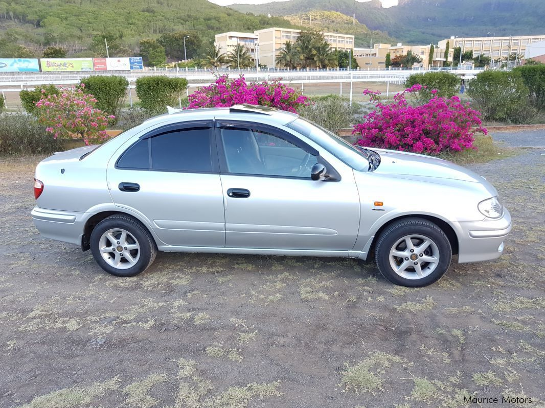 Pre-owned Nissan sunny n16 for sale in