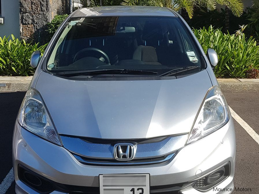 Pre-owned Honda Fit Shuttle Hybrid-C for sale in