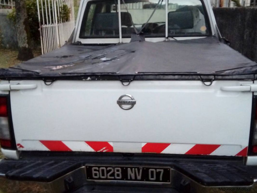 Pre-owned Nissan 4x2 for sale in