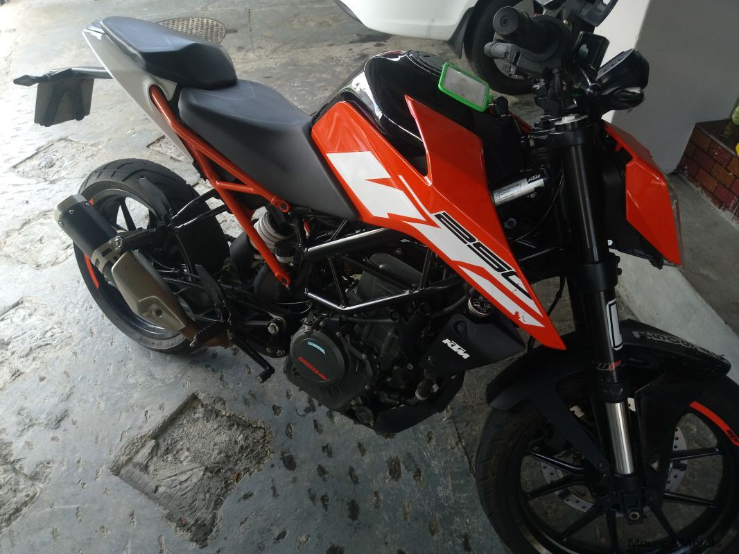 Pre-owned KTM Duke 250 for sale in