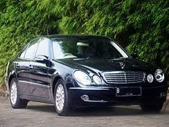 Pre-owned Mercedes-Benz W211 for sale in Mauritius