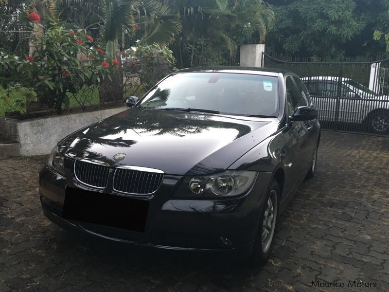 Pre-owned BMW 320i for sale in Mauritius