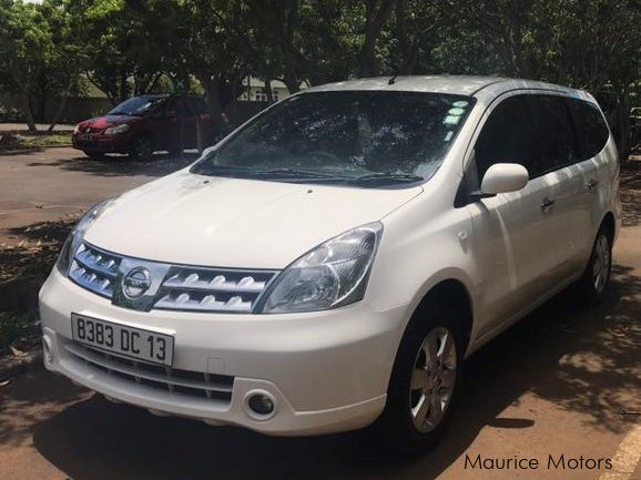 Pre-owned Nissan Grand Livina for sale in
