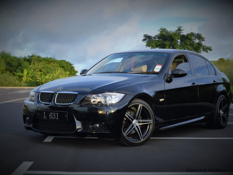 Pre-owned BMW 320 i for sale in Mauritius