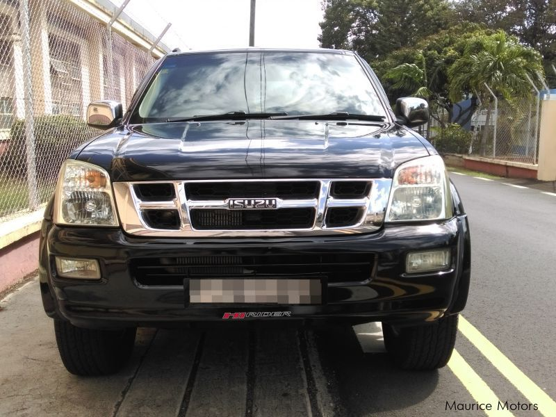 Pre-owned Isuzu KB for sale in Mauritius