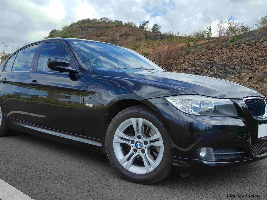 Pre-owned BMW E90 Facelift BMW 320i for sale in