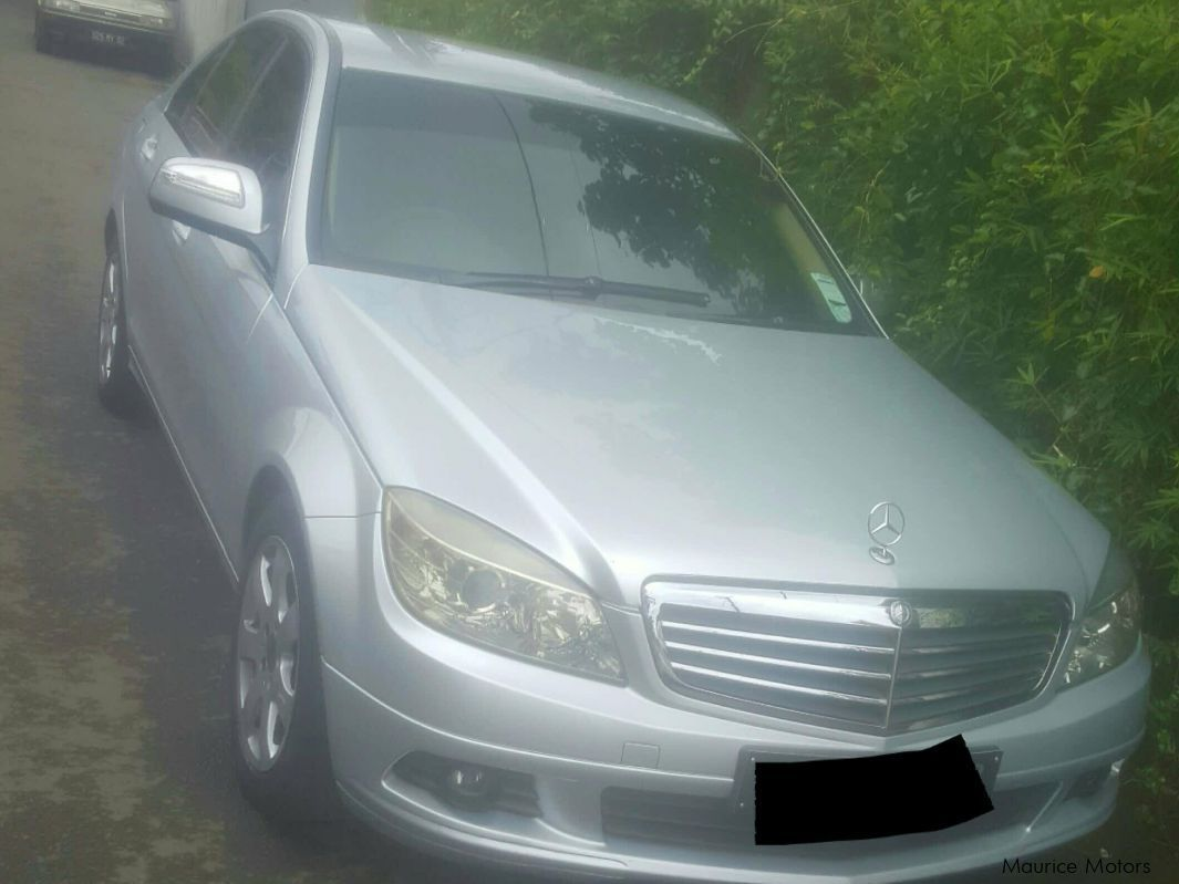Pre-owned Mercedes-Benz c 180 for sale in
