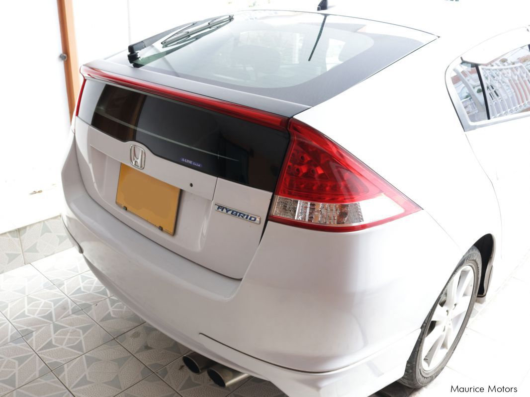 Pre-owned Honda Insight version LS for sale in