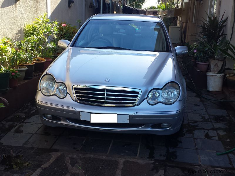 Pre-owned Mercedes-Benz C200 Kompressor for sale in Mauritius