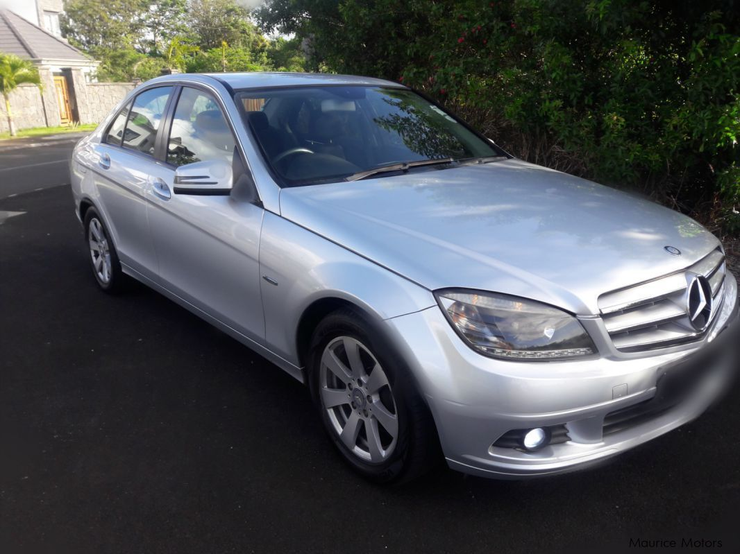 Pre-owned Mercedes-Benz C 180 Krompressor - Blue Efficiency for sale in