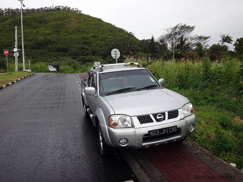 Pre-owned Nissan PICKUP(HARDBODY) for sale in Mauritius