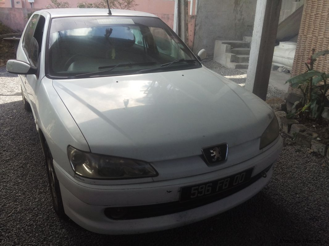 Pre-owned Peugeot 306 sedan for sale in
