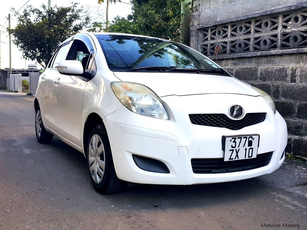Pre-owned Toyota Vitz 990cc for sale in