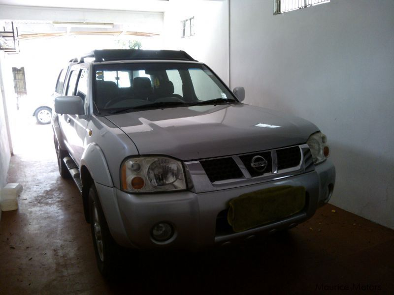 Used Nissan Pick up with Carryboy for sale in Mauritius