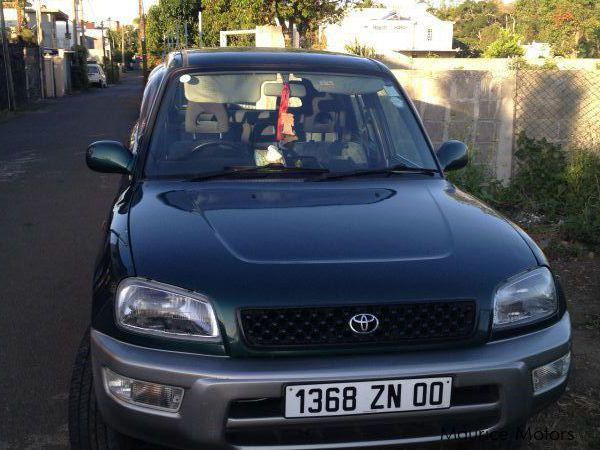 Used Toyota RAV4 J for sale in Mauritius