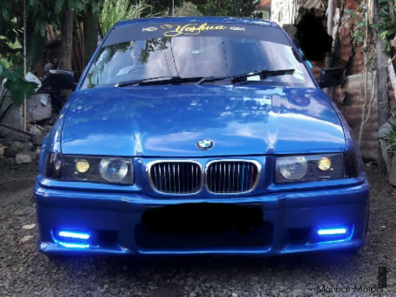 Pre-owned BMW 318i for sale in Mauritius