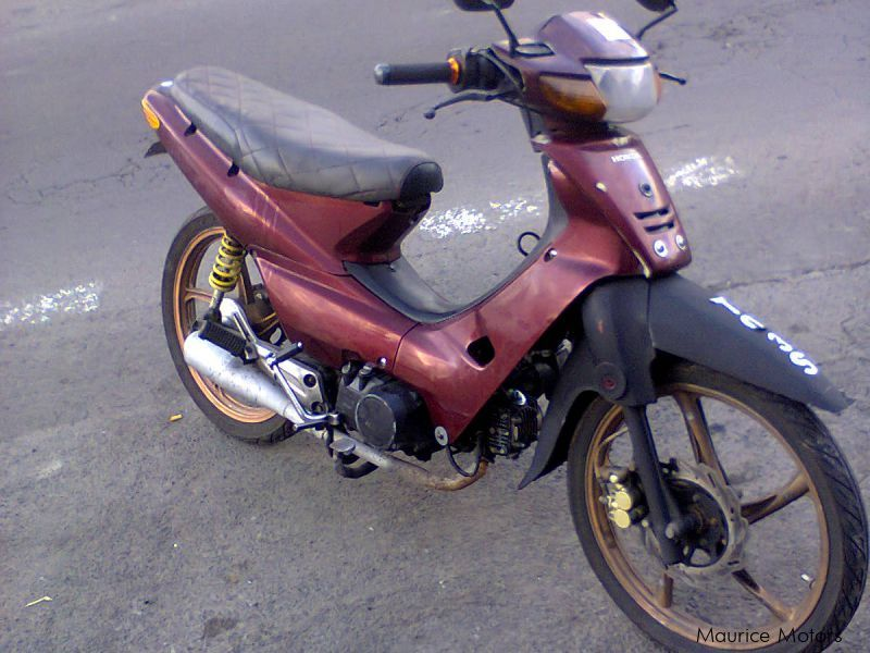 Used Honda wave-R 100 for sale in Mauritius