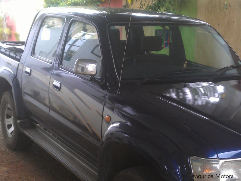 Used Toyota hilux for sale in Mauritius