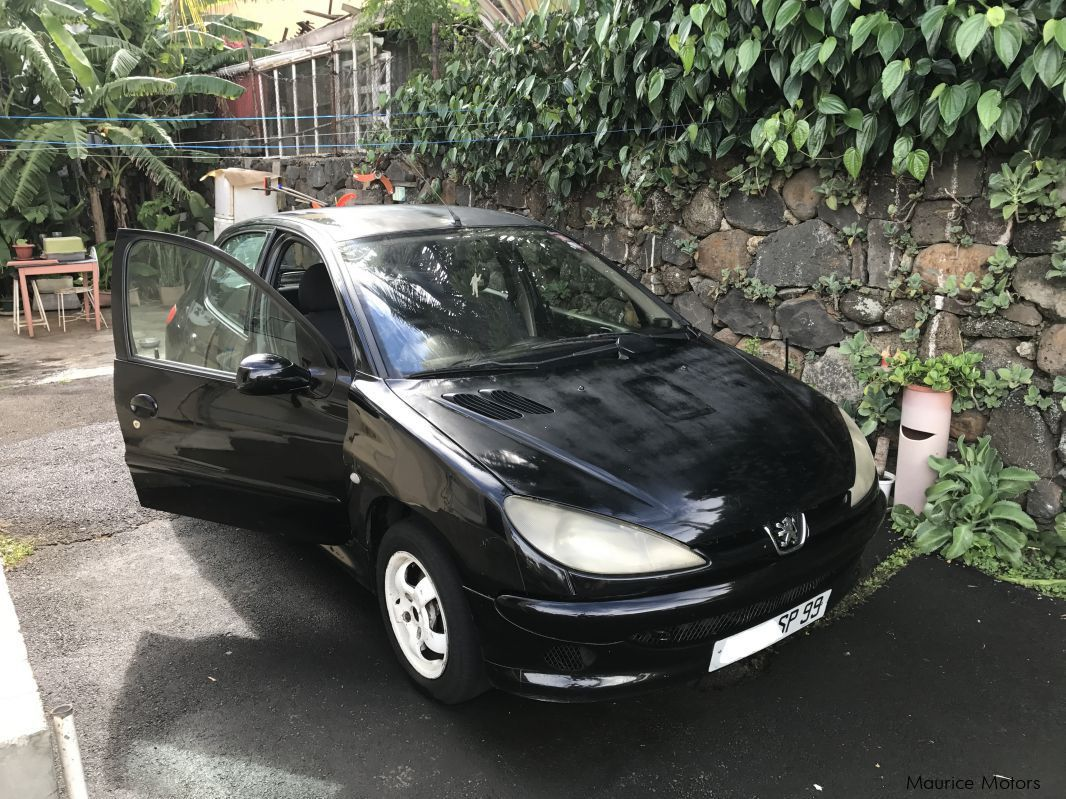 Used Peugeot 206 for sale in