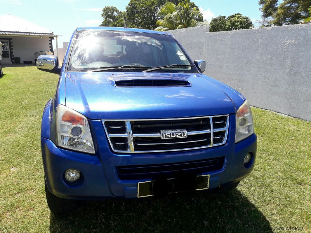 Pre-owned Isuzu KB 300 LX for sale in