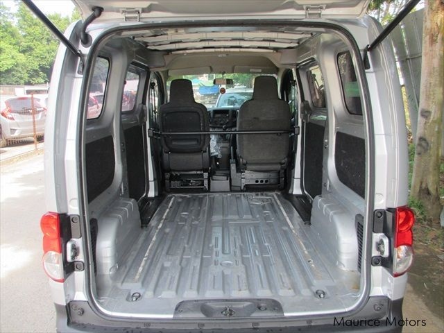 Nissan NV200 - SILVER VAN DX in Mauritius
